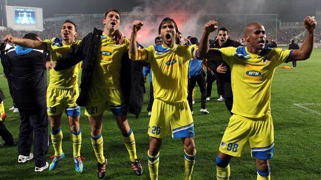 Festa no Chipre após a classificação do APOEL Nicosia para as quartas-de-final da UCL. (Foto: UEFA)
