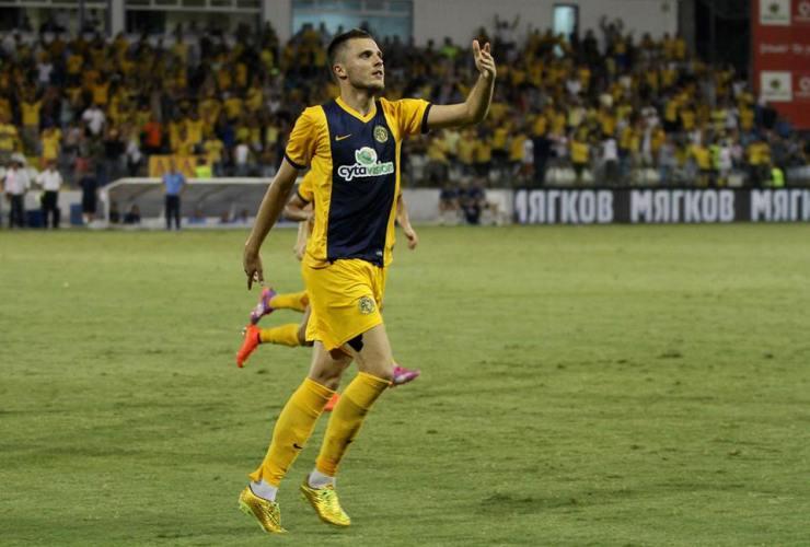 O ex-Omonia Gikiewicz fez o único gol da vitória do AEL (AEL)