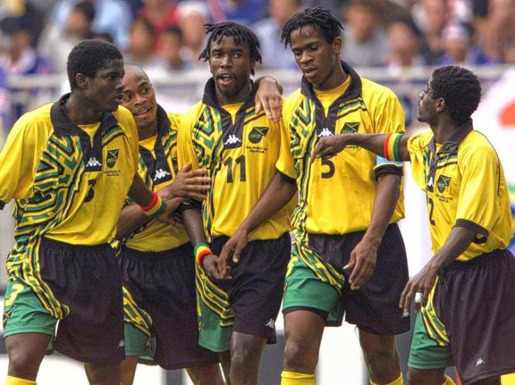 O camisa 11, Whitmore fez a alegria da Jamaica, com os dois gols contra o Japão.