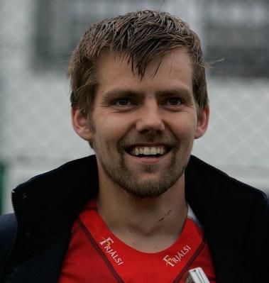 O cara (acredito que deva ser) da Quintona Islandesa (Foto: Fótbolti.net/Hafliði Breiðfjörð)